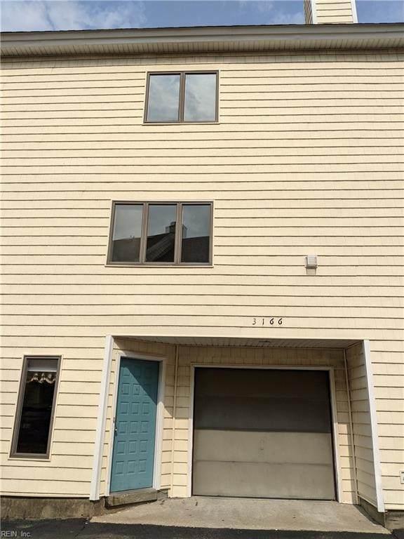3166 E Ocean View Ave #7, Norfolk, VA 23518 (#10393105) :: Kristie Weaver, REALTOR