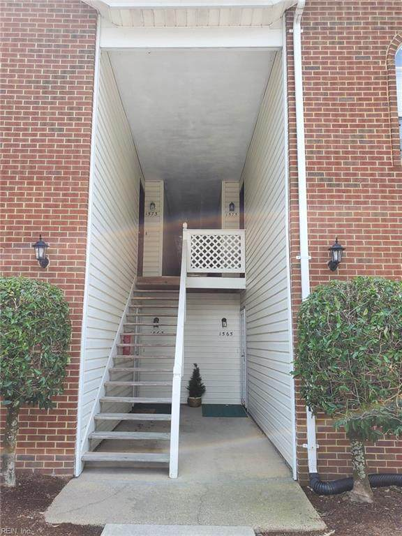 1575 Penrose Arch, Virginia Beach, VA 23453 (#10393238) :: The Kris Weaver Real Estate Team