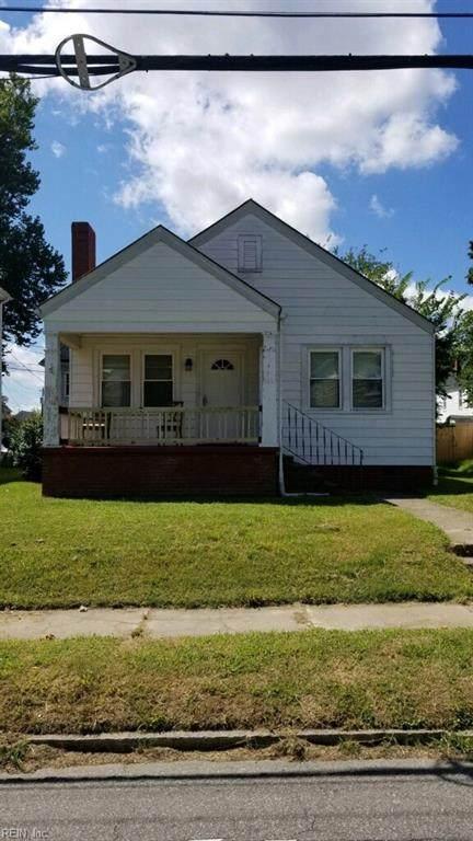 231 E Indian River Rd, Norfolk, VA 23523 (#10396164) :: The Kris Weaver Real Estate Team