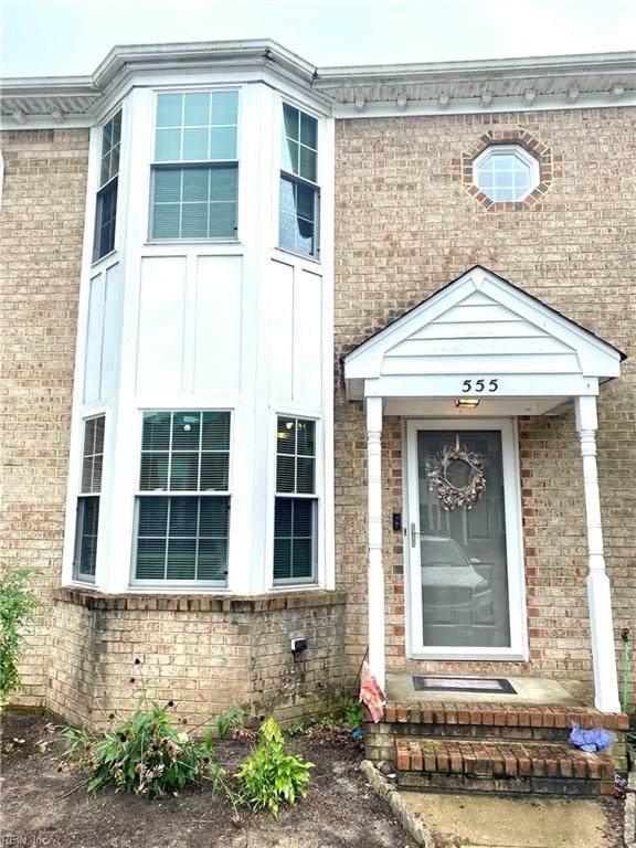 555 Mill Landing Rd, Chesapeake, VA 23322 (#10396753) :: The Kris Weaver Real Estate Team