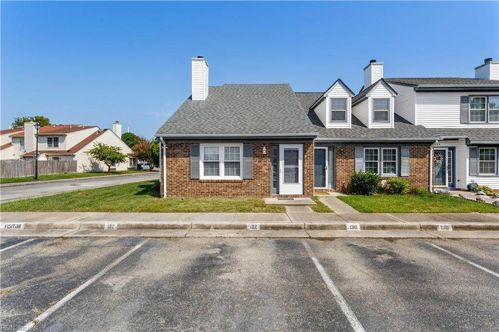 132 Parkway Dr - Photo 1