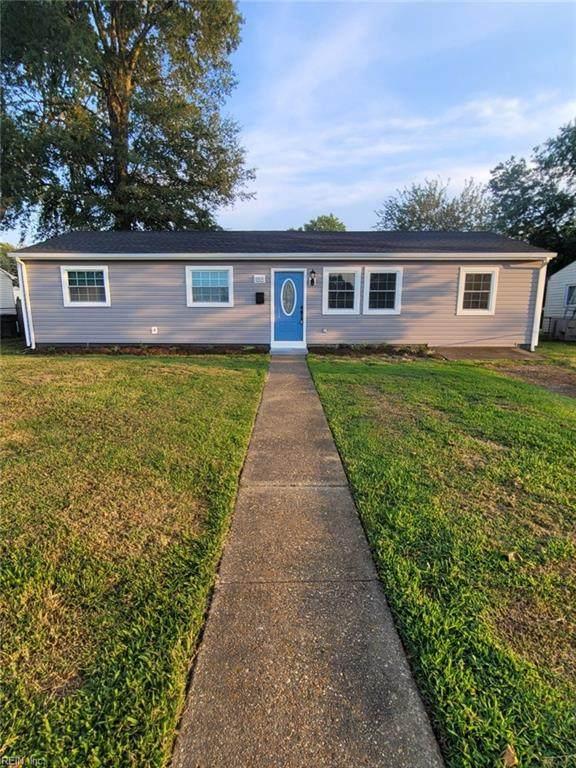 1818 Darville Dr, Hampton, VA 23663 (MLS #10398866) :: AtCoastal Realty