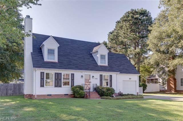 104 Leslie Ln, York County, VA 23693 (#10399683) :: The Kris Weaver Real Estate Team