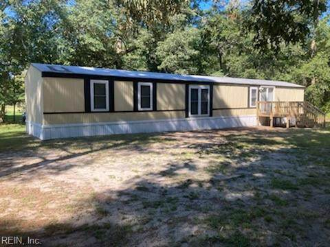 20520 Sand Pit Rd, Isle of Wight County, VA 23898 (#10399989) :: Team L'Hoste Real Estate
