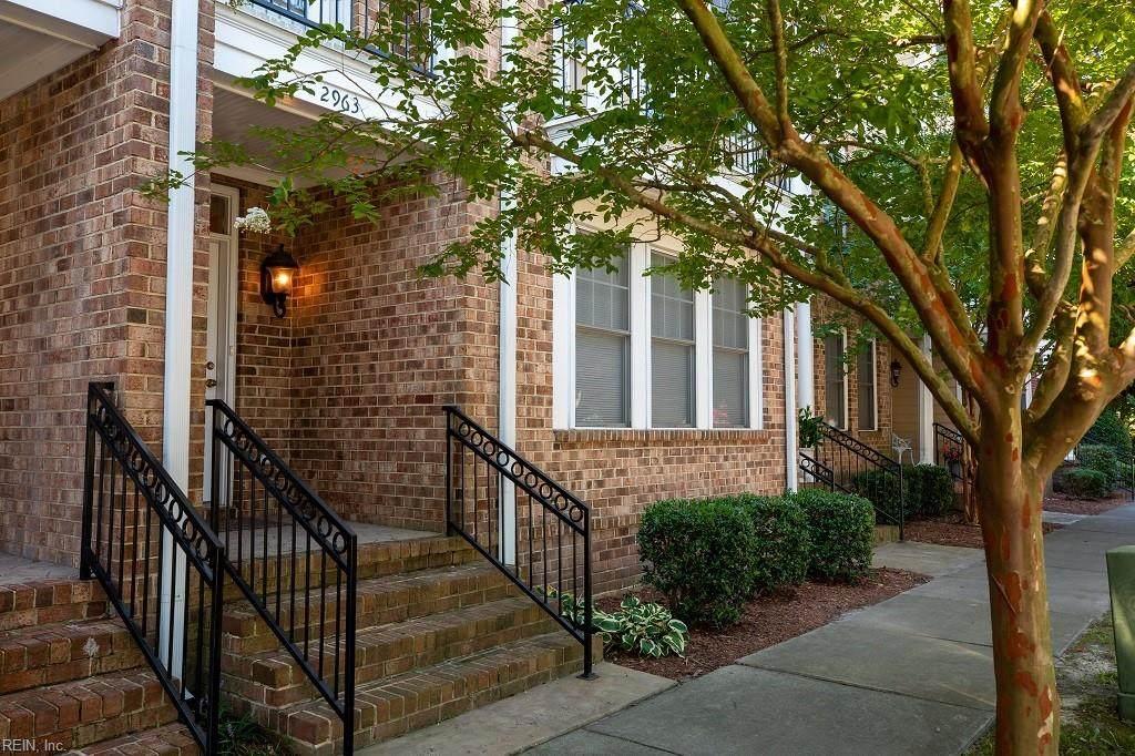 2963 Woodland Ave - Photo 1