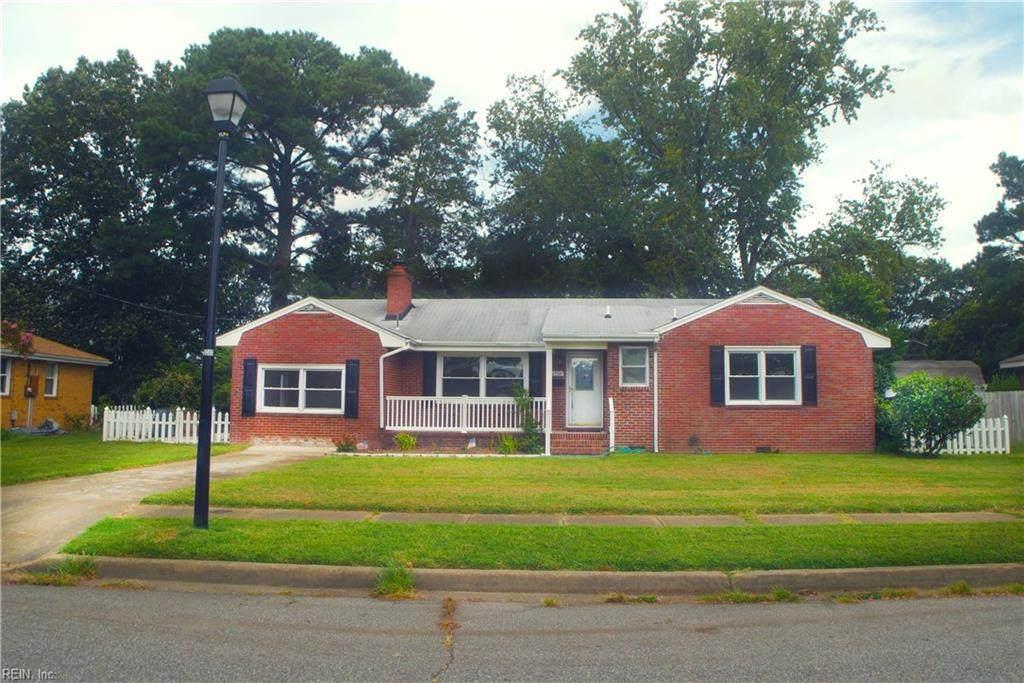 2754 Greendale Ave - Photo 1
