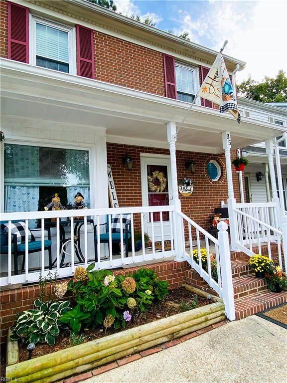 35 W Wainwright Dr, Poquoson, VA 23662 (#10402525) :: Berkshire Hathaway HomeServices Towne Realty