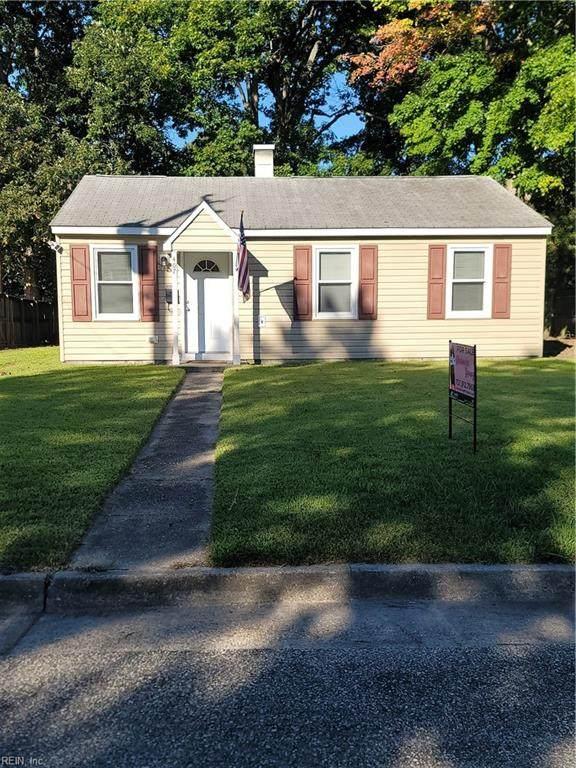 407 Walnut St, Hampton, VA 23669 (#10402795) :: Berkshire Hathaway HomeServices Towne Realty
