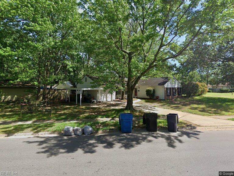 416 Lee Highlands Blvd - Photo 1