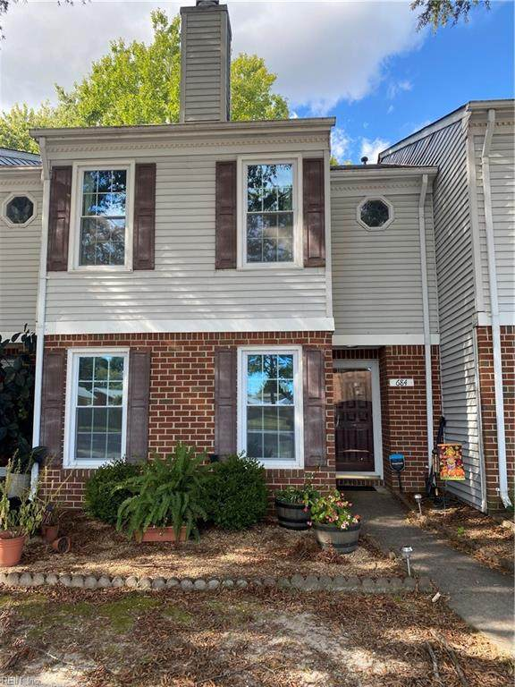 684 Hollomon Dr, Hampton, VA 23666 (#10404996) :: Berkshire Hathaway HomeServices Towne Realty