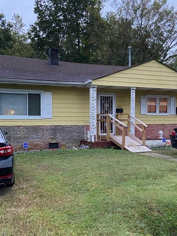 2221 Florida Ave, Suffolk, VA 23434 (#10406384) :: Berkshire Hathaway HomeServices Towne Realty