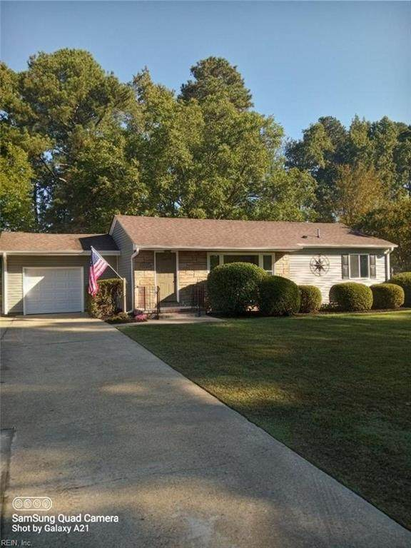 4052 Maple Dr, Chesapeake, VA 23321 (#10406864) :: RE/MAX Central Realty