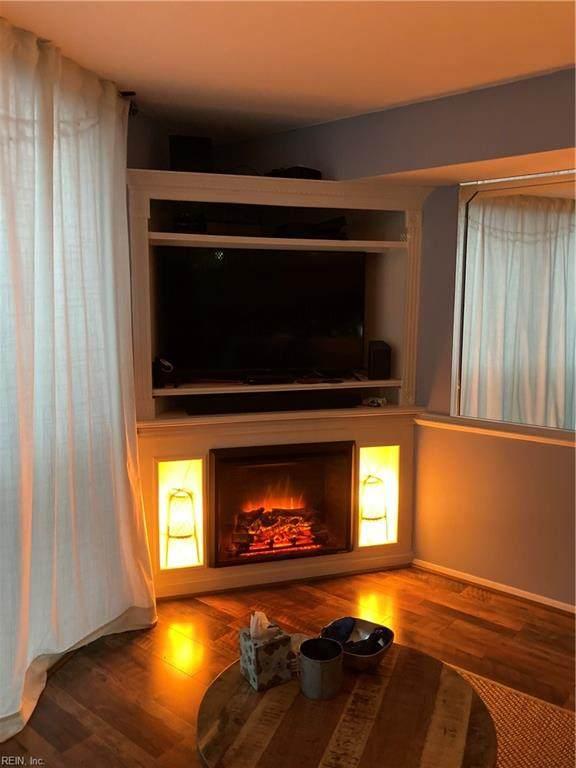 1222 E Ocean View Ave #203, Norfolk, VA 23503 (#10406892) :: Momentum Real Estate