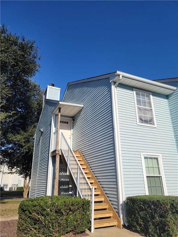 438 Shelter Dr #201, Virginia Beach, VA 23462 (#10407761) :: Berkshire Hathaway HomeServices Towne Realty