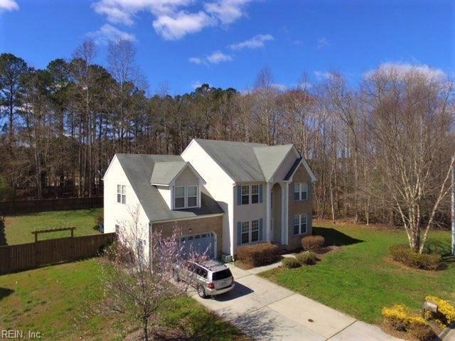 1013 English Oak Dr, Suffolk, VA 23434 (MLS #10180160) :: Chantel Ray Real Estate
