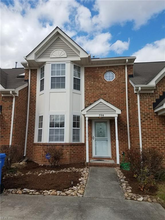 708 Hunters Quay, Chesapeake, VA 23320 (MLS #10180837) :: Chantel Ray Real Estate