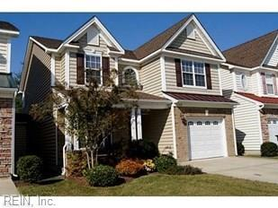 1020 Silver Charm Cir, Suffolk, VA 23435 (#10186286) :: The Kris Weaver Real Estate Team