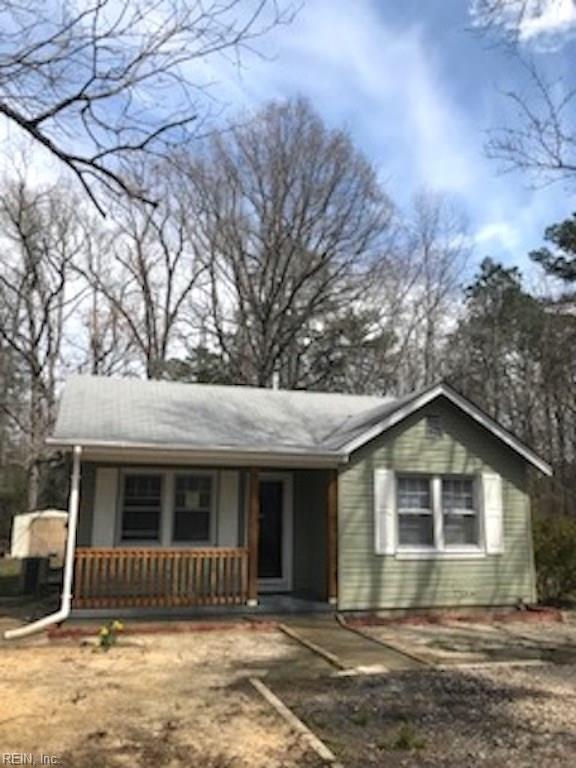 12223 Smiths Neck Rd, Isle of Wight County, VA 23314 (MLS #10186494) :: Chantel Ray Real Estate