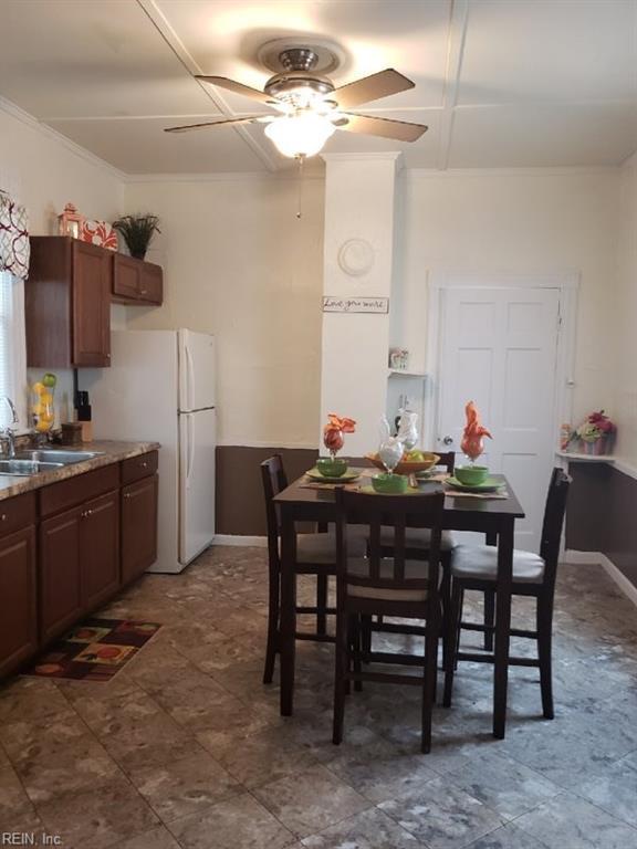 1618 Elm Ave, Portsmouth, VA 23704 (MLS #10211839) :: Chantel Ray Real Estate