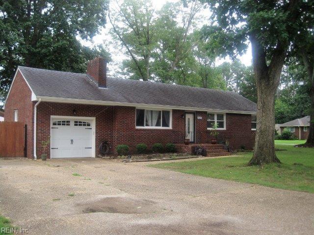 533 Englewood Dr, Virginia Beach, VA 23462 (#10214729) :: The Kris Weaver Real Estate Team