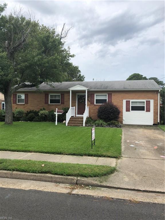 705 Fairfield Blvd, Hampton, VA 23669 (MLS #10216881) :: Chantel Ray Real Estate
