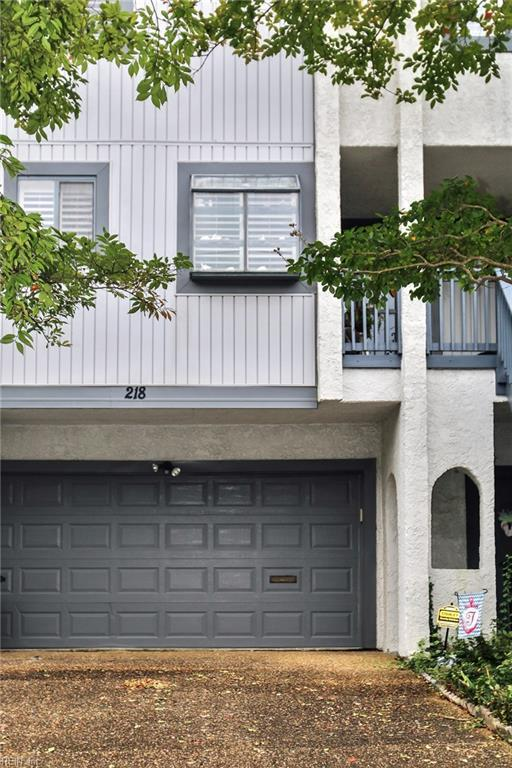 218 N First St, Hampton, VA 23664 (#10216884) :: The Kris Weaver Real Estate Team