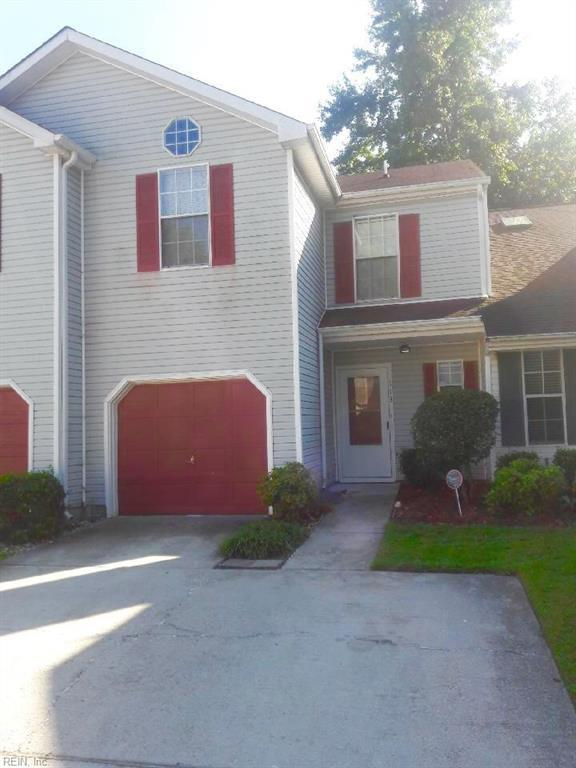 713 Aylesbury Dr, Virginia Beach, VA 23462 (#10221316) :: Atkinson Realty