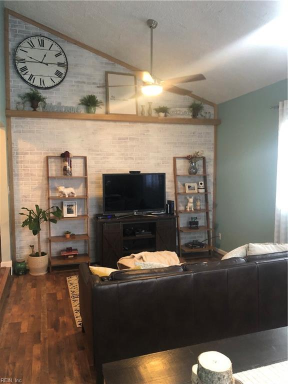 985 Barrington Ct, Virginia Beach, VA 23452 (#10235415) :: Austin James Real Estate