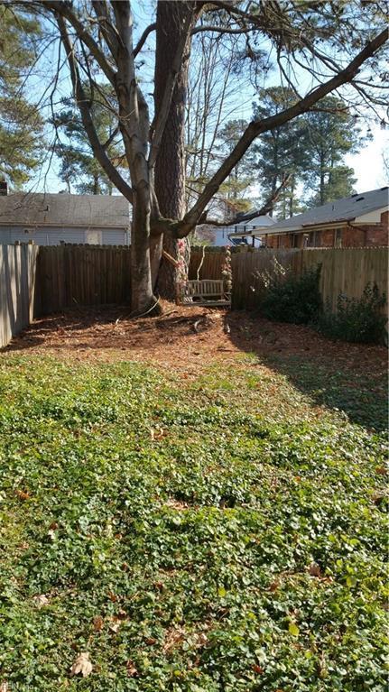 720 Grant Ave, Virginia Beach, VA 23452 (#10235879) :: Abbitt Realty Co.