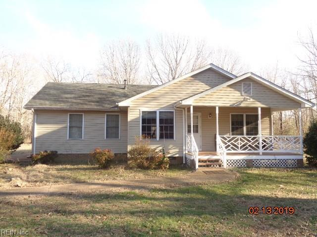 6972 Hickory Knoll Ln, Gloucester County, VA 23061 (MLS #10239865) :: AtCoastal Realty