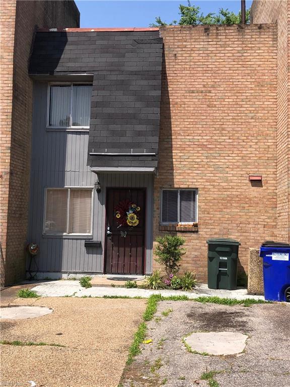 6515 Harvey Ct, Norfolk, VA 23513 (#10262156) :: Momentum Real Estate