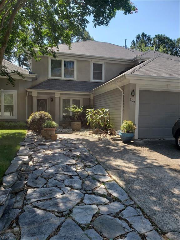 209 Esplanade Pl, Chesapeake, VA 23320 (#10262806) :: Berkshire Hathaway Home Services