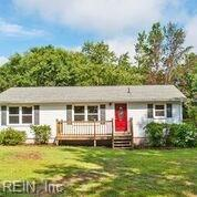 19494 Tomlin Hill Dr, Isle of Wight County, VA 23898 (#10268610) :: Atkinson Realty