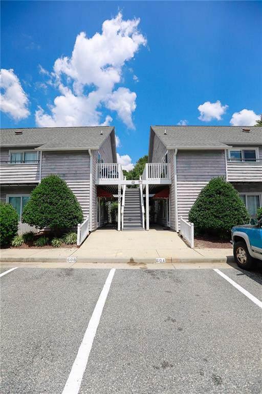 12760 Saint James Pl G, Newport News, VA 23602 (#10271728) :: Berkshire Hathaway HomeServices Towne Realty