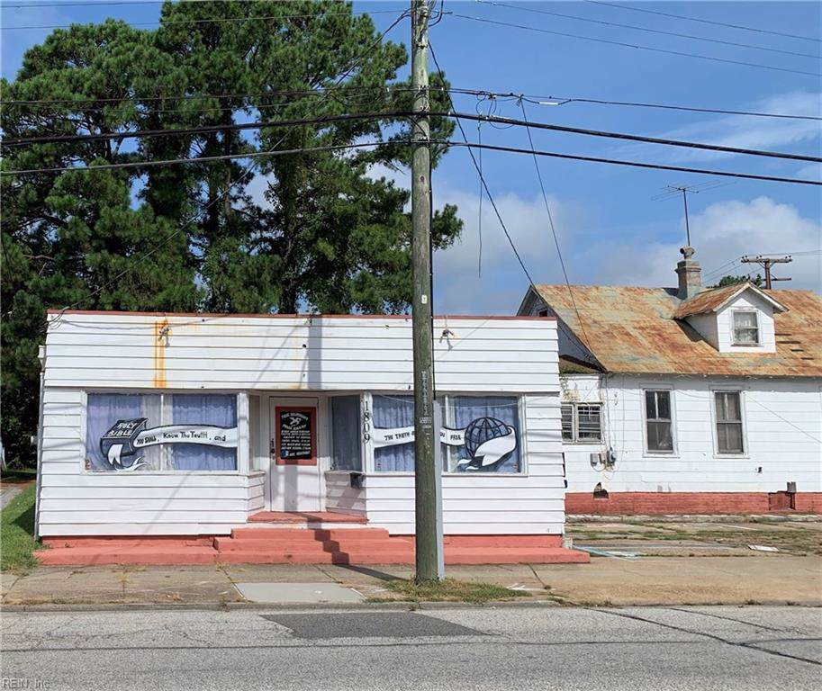 303 Pine Ave - Photo 1