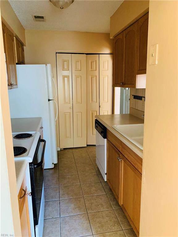 5433 Campus Dr, Virginia Beach, VA 23462 (#10279767) :: Berkshire Hathaway HomeServices Towne Realty