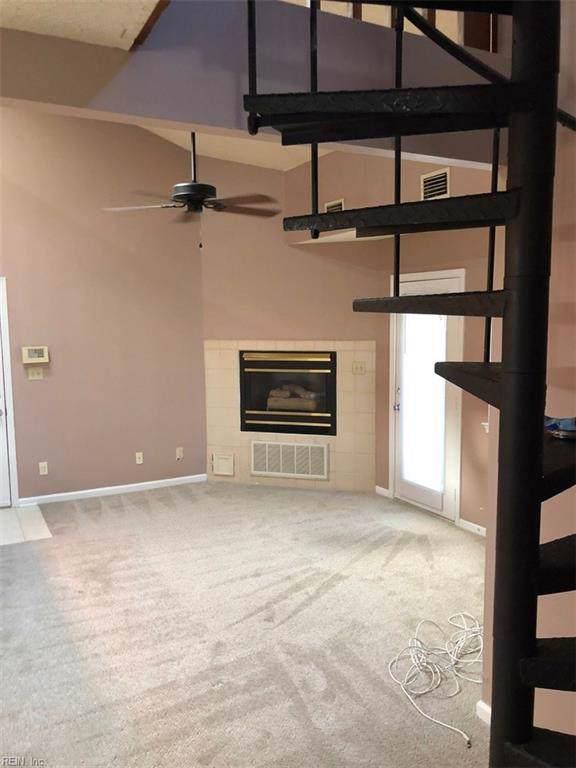 12865 Daybreak Cir, Newport News, VA 23602 (MLS #10289114) :: Chantel Ray Real Estate