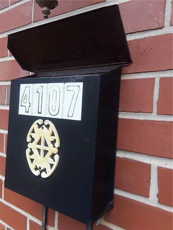 4107 Raven St, Portsmouth, VA 23702 (MLS #10300958) :: Chantel Ray Real Estate