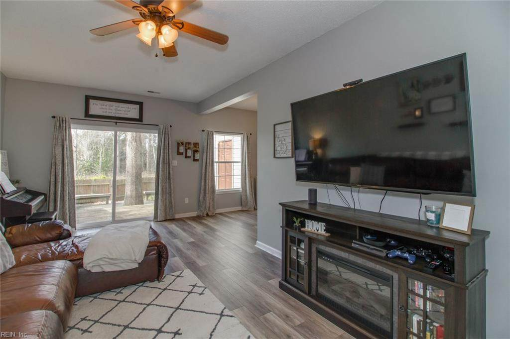 5409 Skalak Dr - Photo 1