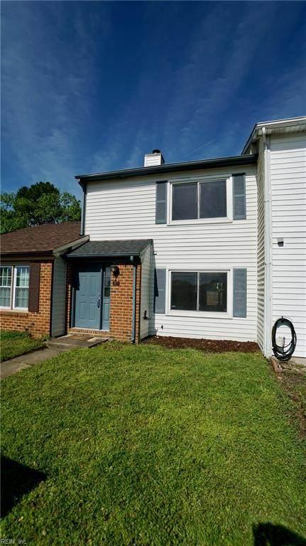 1113 Commonwealth Pl, Virginia Beach, VA 23464 (#10315583) :: The Kris Weaver Real Estate Team