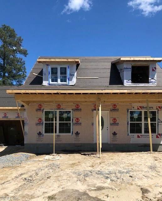 974 Red Oak Cir, Newport News, VA 23608 (MLS #10316089) :: Chantel Ray Real Estate