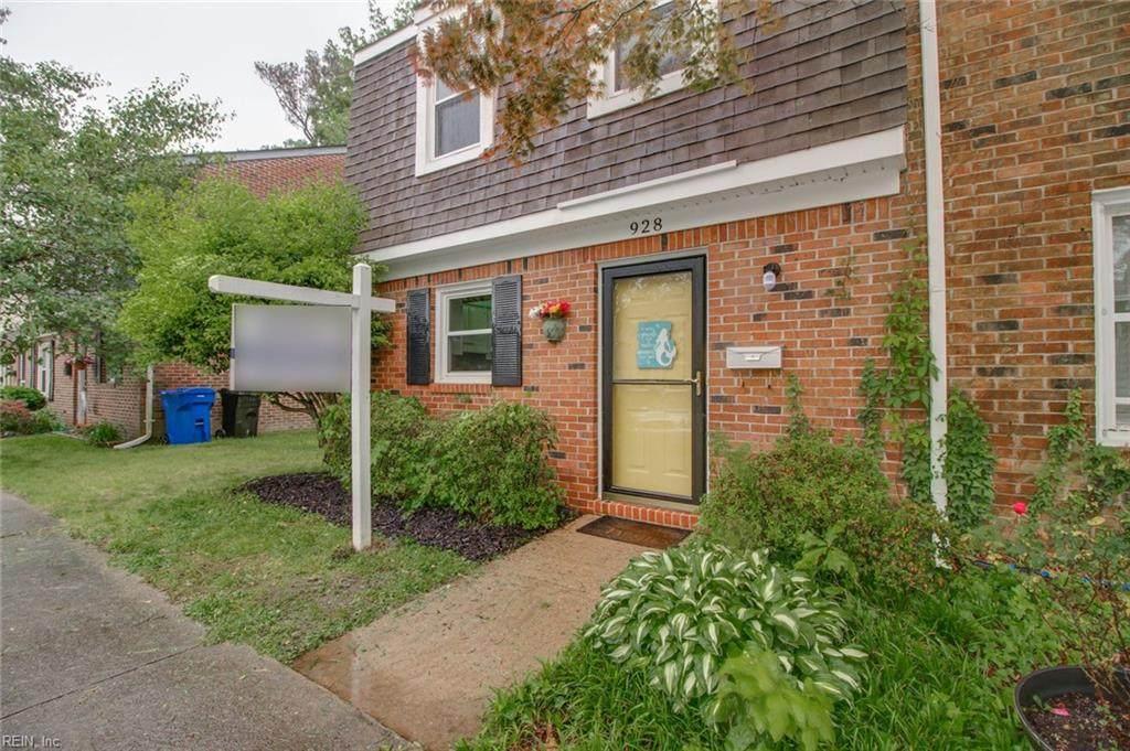 928 Delaware Ave - Photo 1