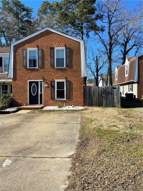 417 Rennie Ct, Virginia Beach, VA 23454 (#10363251) :: Tom Milan Team