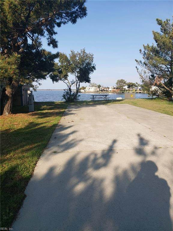 3665 Sandpiper Rd #8, Virginia Beach, VA 23456 (#10366985) :: Judy Reed Realty