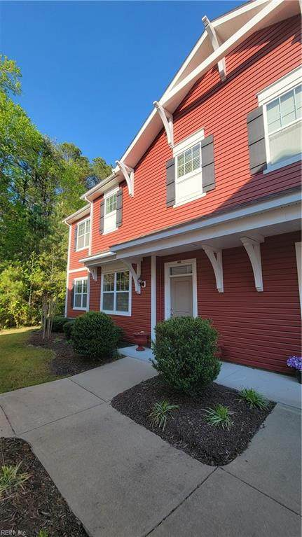 4303 Farringdon Way, Chesapeake, VA 23321 (#10372963) :: Berkshire Hathaway HomeServices Towne Realty