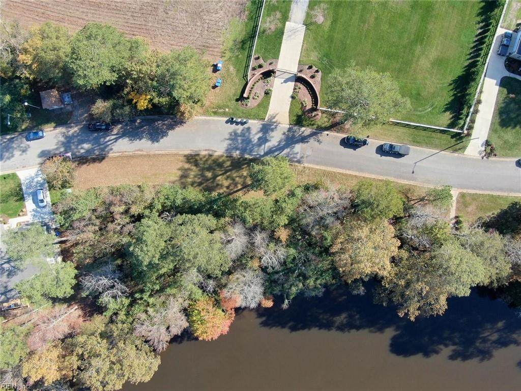 5050 Riverfront Dr - Photo 1
