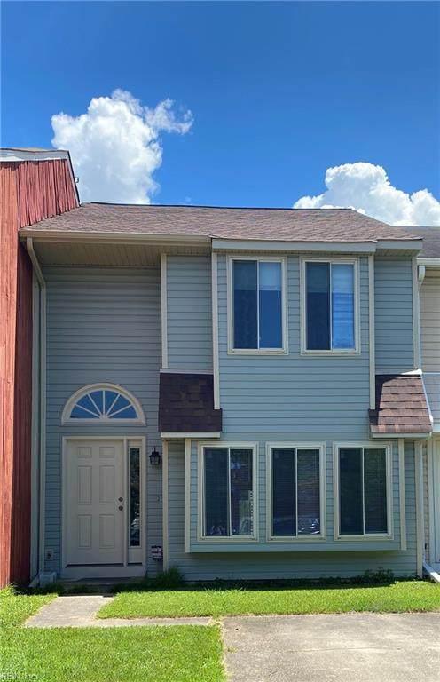 710 Waters Dr, Virginia Beach, VA 23462 (#10384309) :: Berkshire Hathaway HomeServices Towne Realty