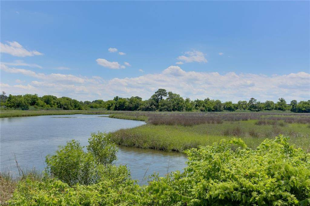 9207 Inlet Rd - Photo 1
