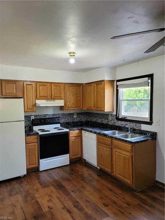 412 Beechwood Ave, Norfolk, VA 23505 (#10392382) :: The Bell Tower Real Estate Team