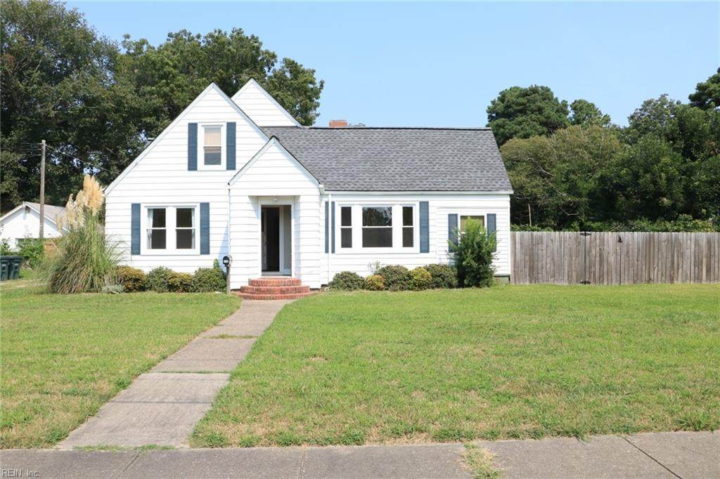 748 Mayfield Ave - Photo 1